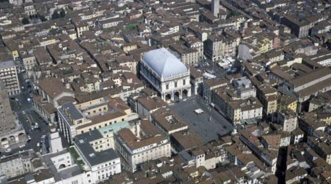 palazzo_loggia_alto