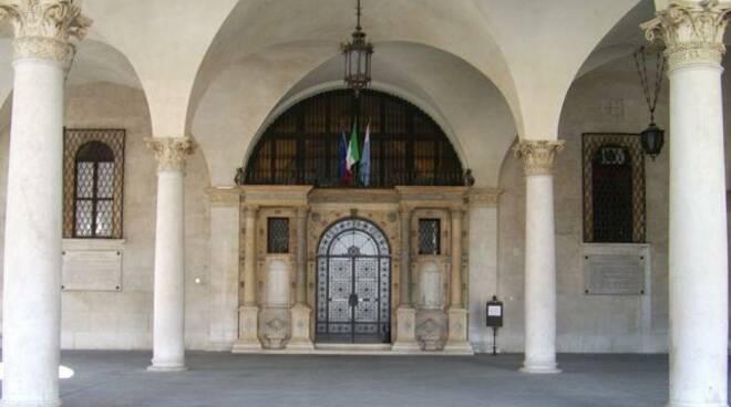 palazzo_loggia_portico