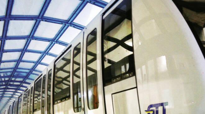 Trasporti Metropolitana metrobus metr