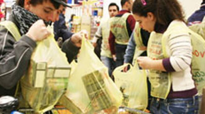 colletta-alimentare-2011