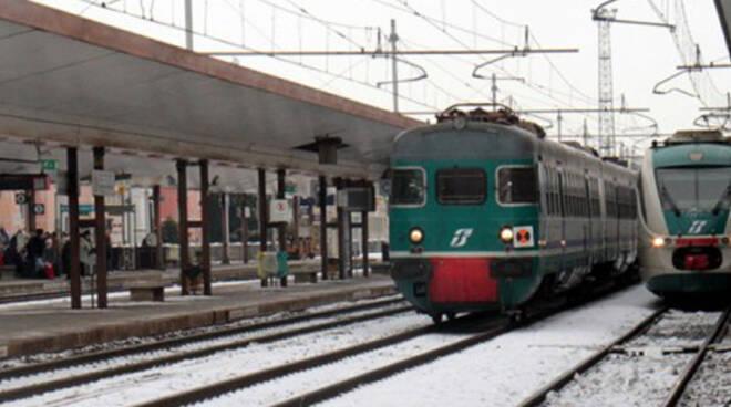 treni-neve