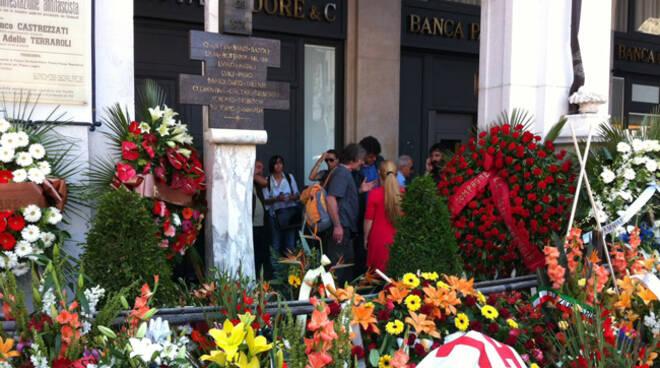 piazza loggia commemorazione 2