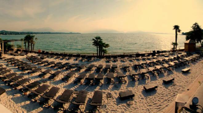 spiaggia_lago gardaedited