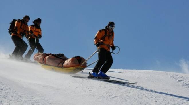 soccorso alpino sci