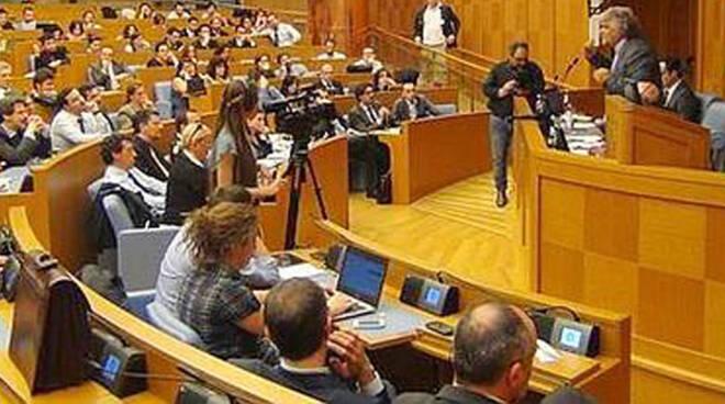 Grillo_assemblea parlamento