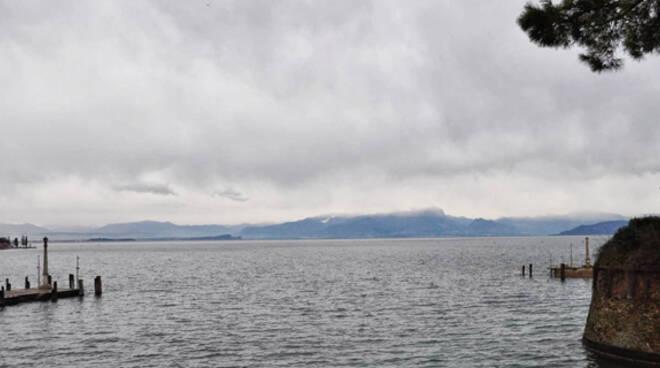Lago_di_Garda piena