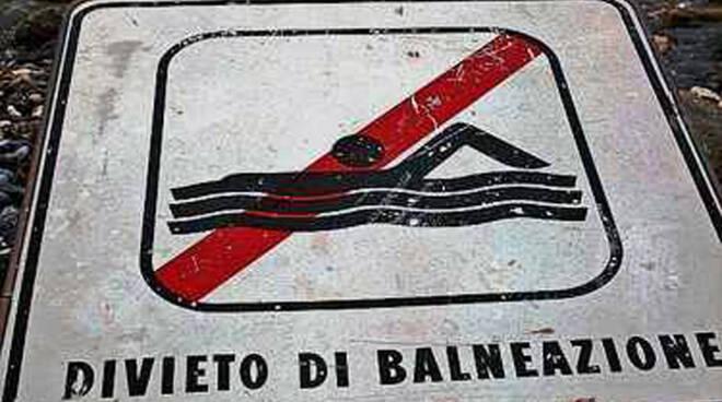 divieto_balneazione