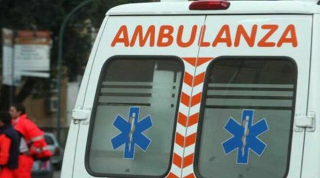 Ambulanza-soccorsi-incidente5