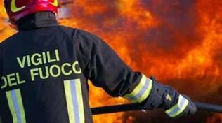 pompieri-incendio-vigilidelfuoco6