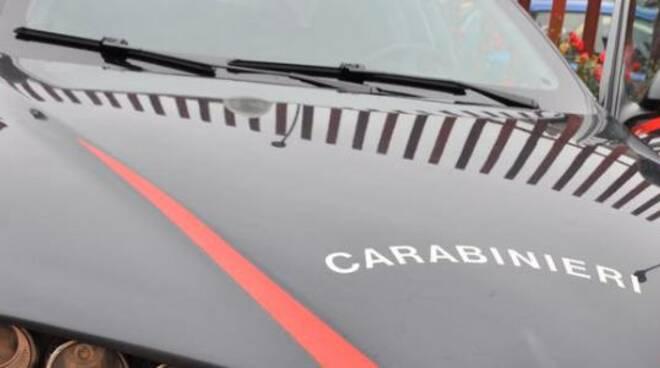 Foto auto carabinieri generica