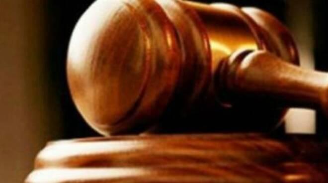 addetto-loggia-sospeso-no-risponde-giudice