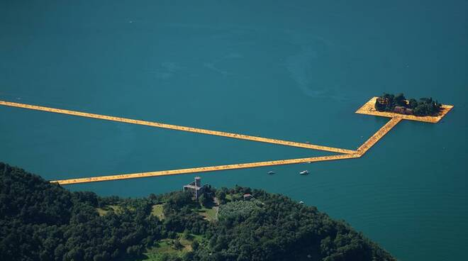 floating-piers-collina