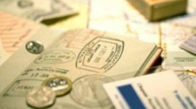 Falso lavoro, via 60 permessi di soggiorno - QuiBrescia