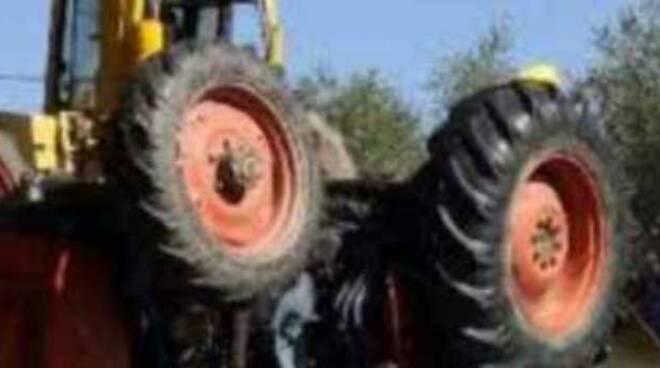 travolto-trattore-legna-gussago