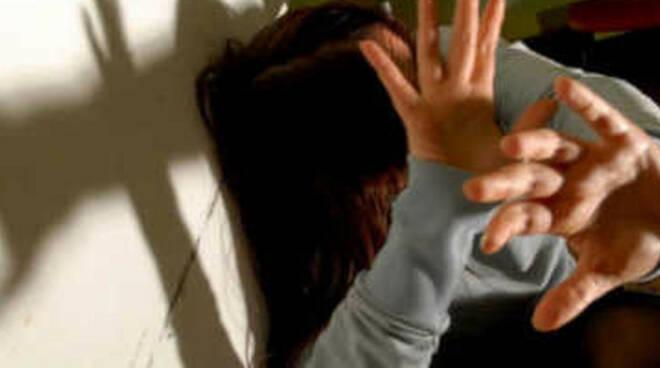 abusi-padre-perizia-brescia