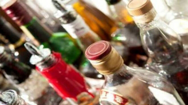 alcolici-minori-brescia-polizia-locale