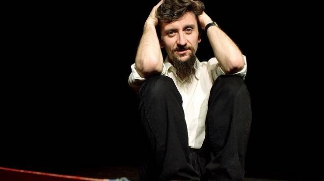 """Ascanio Celestini, spettacolo """" Appunti per un film sulla lotta di classe """""""