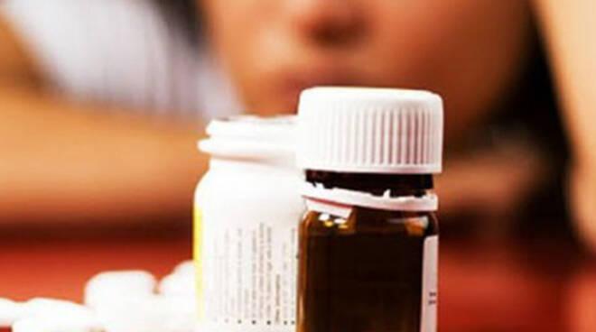 brione-donna-salvata-farmaci-lite