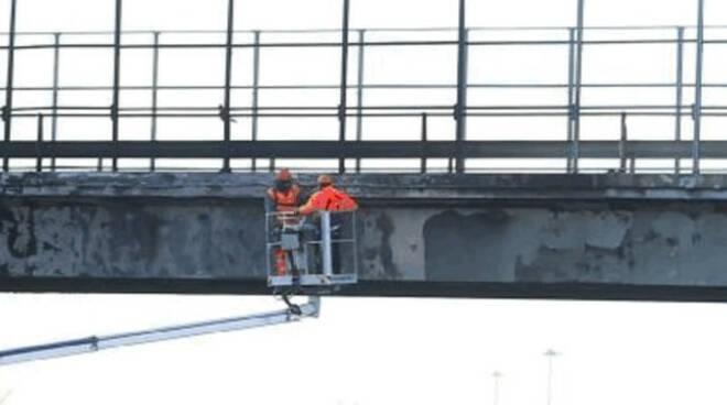 ponte-a21-demolizione-aprile