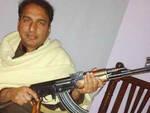 Pakistano-arma-candidatura-quartieri