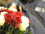 Castegnato-venditore-fiori-pugno