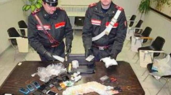 Berzo-inferiore-cocaina-soldi-auto