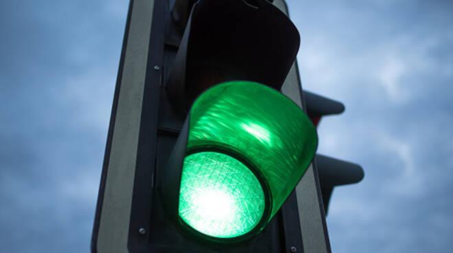 breno-semafori-abbattuti-danni