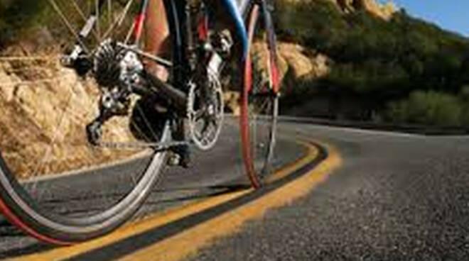 sale-marasino-punte-ciclisti-pericolo