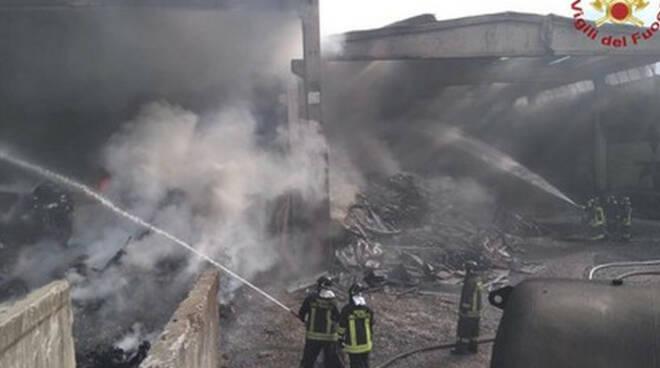 Valcart-incendio-rogno-darfo-ambiente