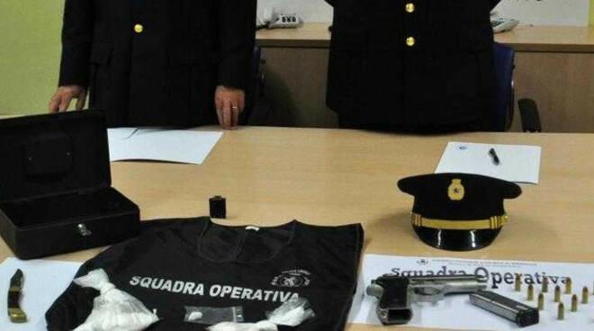 Pusher-arresto-brescia-pistola-cocaina