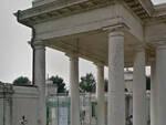 cimitero-orzinuovi-ladri-statue-marmo