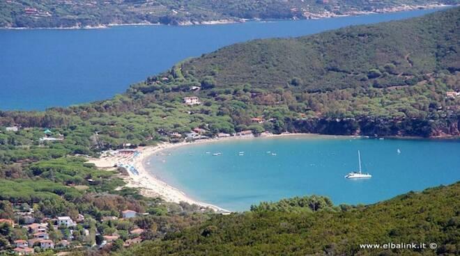 spiaggia-di-lacona-06-750x440