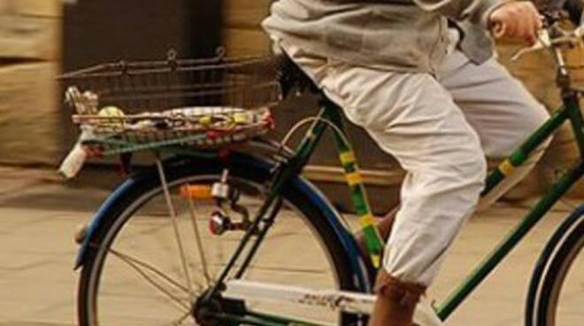 anziano-bicicletta-investito