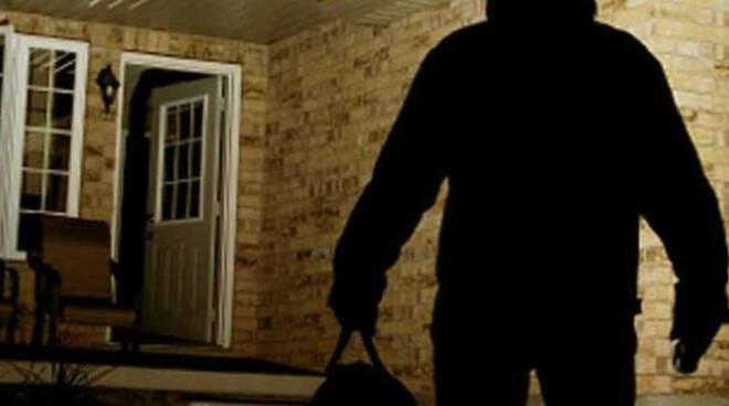 calcinato-anziano-aggredito-casa-rapinatore