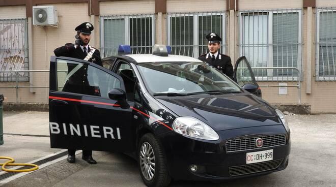 carabinieri di verolanuova multano venditore maleducato