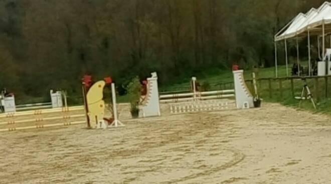 manerbio paura centro equestre 15enne cade cavallo