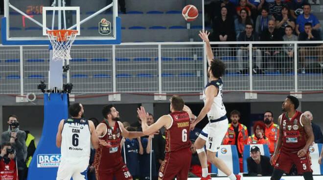 basket germani batte venezia final 8 fortitudo