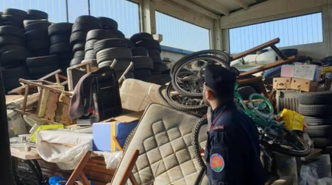 Calcinato sequestrata discarica rifiuti verso Africa Due arrestati