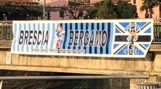 Brescia Bergamo unite dolore uno striscione Sarnico