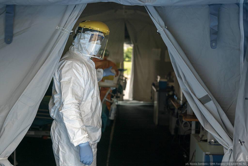 Coronavirus, viaggio nell'epicentro: la battaglia dell'ospedale Civile di Brescia