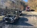 Tavernole due auto fiamme strada indaga
