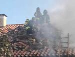 Adro scoppia un incendio in un appartamento