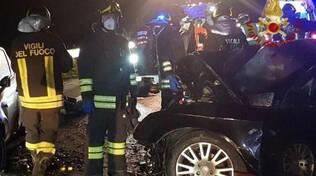 Esine frontale mortale tra auto chi erano le due giovani vittime