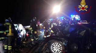 Esine frontale tra due auto sulla Ss 42 morte due ragazze