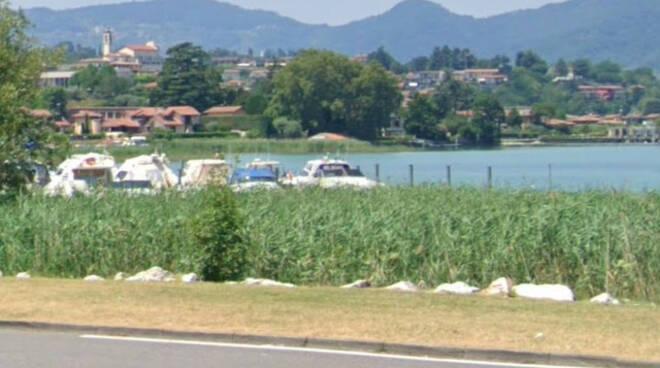 Paratico corpo di un anziano trovato senza vita nel lago