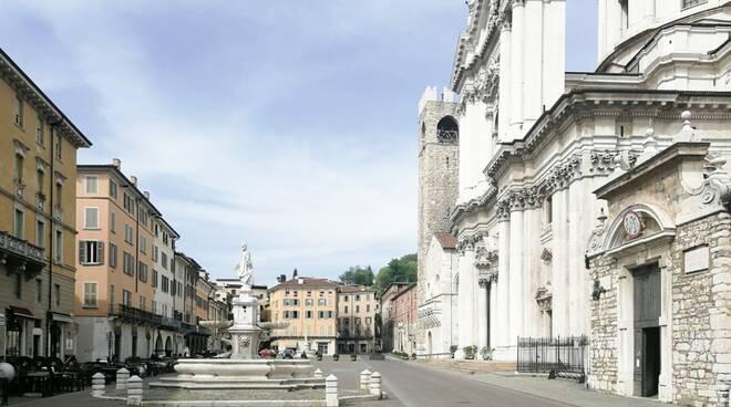 piazza duomo vuota by Tommaso Altamura ph