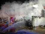 Bagnolo Mella fiamme tra le balle di fieno Sul posto i vigili del fuoco