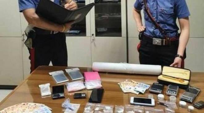 Brescia anche in città si spaccia shaboo Due arrestati