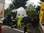 Mantova furgone tampona tir in A22 muore 25enne bresciano