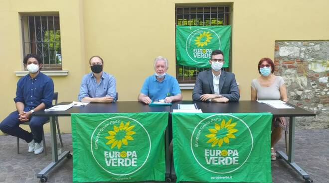 Verdi europa Verde conferenza al parco Gallo